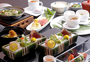 image:Dinner is served at our sister hotel, Hanamusubi, which is only a two-minute walk away.